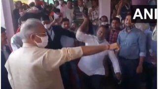 Govardhan Puja के दिन छत्तीसगढ़ के CM भूपेश बघेल पर शख्स ने बरसाए 'कोड़े', जानें पूरा मामला और देखें VIDEO