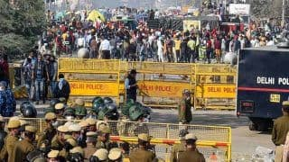 Delhi Traffic Alert Latest News: दिल्ली के कई बॉर्डर आज भी बंद, कुछ खुले, ये हैं डाइवर्टेड मार्ग