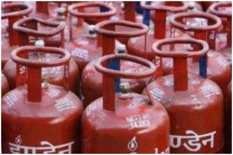 LPG Cylinder Rates: Prices Remain Unchanged This Month, Check Other Details Here