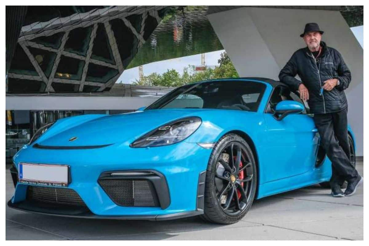 80 Year Old Buys His 80th Porsche Builds Separate Building To House His Expansive Collection India Com