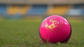 IND vs AUS Test 2020: Shane Warne Wants Pink Ball to Replace 'Pathetic' Red-Ball in Test Cricket