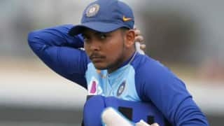 IND vs AUS 2nd Test 2020: Sachin Tendulkar Decodes Prithvi Shaw's Technical Flaw Ahead of Boxing Day Test, Says India Opener's Bat And Foot Reacting Late to Ball