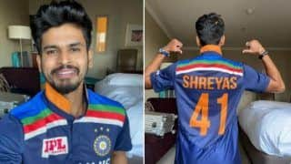 Ind vs aus 1st t20i bcci wrongly show shreyas iyer in playing xi whereas virat kohli gives chance to manish pandey 4243023