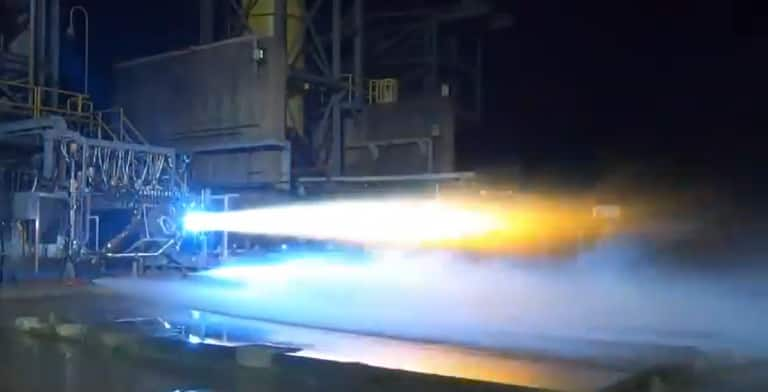 Watch: Amazon CEO Jeff Bezos Posts Video of Rocket Engine BE-7 That Will Take First Woman to Moon's Surface