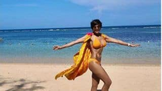Mandira Bedi Sets Temperature Soaring in Yellow Bikini, Pic Will Make Your Jaws Drop