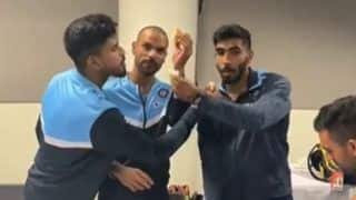 Shikhar Dhawan, Shreyas Iyer and Jasprit Bumrah Celebrate Birthday After Series-Win in Sydney With Cake-Cutting Ceremony