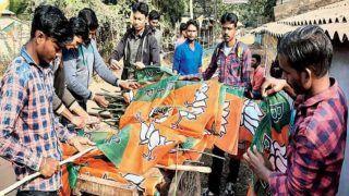Amit shah public Rally: मेदिनीपुर से आज BJP की रैली से बंगाल मिशन तेज,  झंडों के बीच लगे शुभेंदु अधिकारी के पोस्टर
