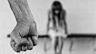 बदमाशों ने नाबालिग बच्ची का किया गैंगरेप, फिर जिंदा जलाया, हिरासत में 6 लोग