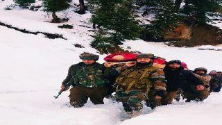 Real Heroes: बर्फ में फंसी थी गर्भवती महिला, सेना के जवानों ने ऐसे बचाई जान, देश कर रहा सलाम...