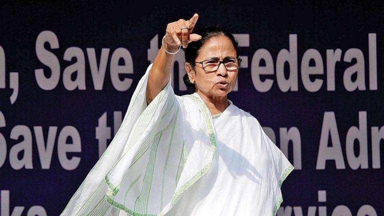 'जय श्रीराम' के नारेबाजी पर नाराज हुईं ममता बनर्जी, मोदी के मंच पर बोलीं- बुलाकर बेइज्जत करना ठीक नहीं