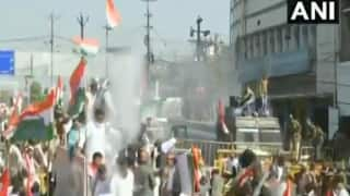 MP Police Detains Digvijaya Singh, Uses Water Canons to Disperse Congress Workers Protesting Against Farm Laws | Watch