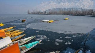 Dal Lake Freezes, Srinagar Records Coldest Night in 30 Years, Administration Deploys SDRF Teams