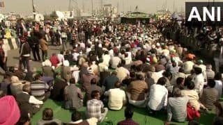 SAD Chief Sukhbir Singh Badal Meets Rakesh Tikait at Ghazipur Border, Says Our Party Stands With Farmers