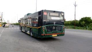 'Aaj Toh Nahi Rukegi Bus': Two Class 12 Girls Jump Off Moving Bus in Greater Noida To Escape Harassment