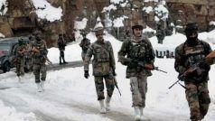 लद्दाख गतिरोध: चीन ने फिर दिखाया रंग, बातचीत के बीच LAC पर चुपचाप बढ़ा दिया सैन्य जमावड़ा