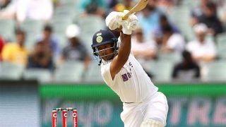Mayank Agarwal ने नॉथन लियोन की गेंद पर आगे बढ़कर जड़ा 102 मीटर का लंबा छक्का, Watch Video