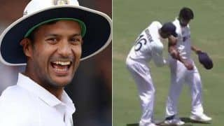 India vs australia 4th test mayank agarwal seen shining ball with sweating 4339111