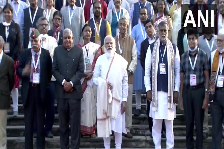 कोलकाता में बोले पीएम मोदी- वैक्सीन से दुनिया के देशों की मदद कर रहा है भारत, ये देख बड़ा गर्व करते नेताजी बोस