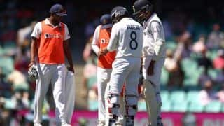 Ravindra Jadeja Ruled Out of Remainder of India-Australia Test Series Following Left Thumb Dislocation Fracture Injury During 3rd Test at SCG: Reports