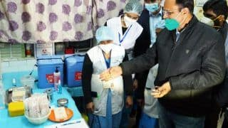 Over 500 Centres in Phase-1, Facility For 2-8° Celsius Storage   Here's How AAP Govt Plans to Vaccinate Those in Delhi