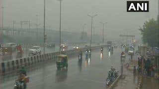Delhi, NCR में सुबह-सुबह हुई बारिश, उत्तर भारत में ठंडी हवाओं का प्रकोप जारी