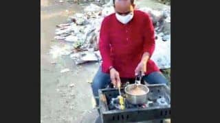 Lucknow Man Uses Garbage to Barbeque Food to Protest Against Municipal Body Over Waste Management