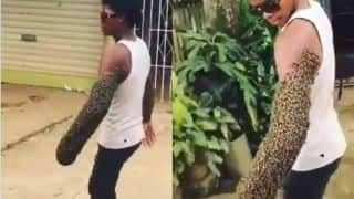 Man Transports an Entire Bee Colony By Carrying Them on His Arm, Netizens Wonder if He has 'Super Power' | Watch