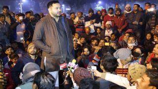 TET Teachers Protest In Bihar: पटना DM से जब कहा-मैं Tejashwi बोल रहा हूं, लगे जिंदाबाद के नारे