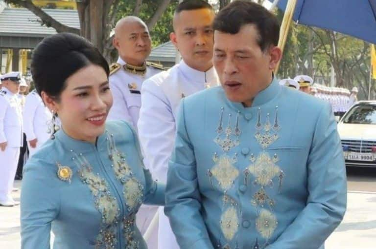 Thailand   s 'Playboy' King Crowns His Mistress as Second Queen on her Birthday | See Pics