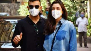 Anushka Sharma-Virat Kohli Spotted Without Baby, Thank Paparazzi For Giving Them Privacy