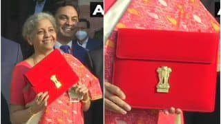 Budget 2021: FM Nirmala Sitharaman Breaks Tradition, Carries 'Made in India' Tablet Instead of Bahi-Khata