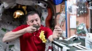 NASA is Offering Rs 3.6 Crore to Anyone Who Can Find Out How to Feed Astronauts in Space!