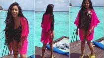 Dhanashree Verma Photos: मालदीव में छुट्टियां Enjoy कर रहे Yuzvendra Chahal, समंदर किनारे चिल करते वायरल हुईं Dhanashree Verma की तस्वीरें...