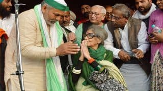 Mahatma Gandhi's Granddaughter Extends Support to Farmers, Meets Them at Ghazipur Border