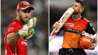 David Warner Pokes Fun at Glenn Maxwell Over His Rs 14.25 Cr IPL Contract With RCB During New Zealand-Australia T20I Game