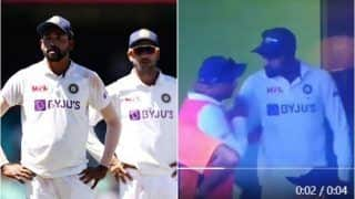 India vs England: Mohammed Siraj Grabs Kuldeep Yadav's Neck in Team India Dressing Room in 1st Test, Video Goes Viral | WATCH VIDEO