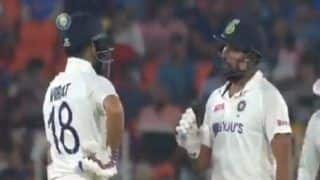 BEST Motera Moment! Rohit Advising Kohli How to Play Leach is Unmissable | WATCH