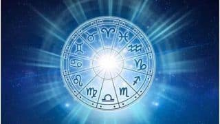Horoscope Today, March 15, Monday: Aquarians Should be Careful of People at Work, Leos to Seek Advice