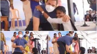 Viral Video: When Rahul Gandhi Hugged a Super-Excited College Girl During His Puducherry Visit | Watch