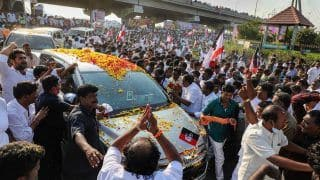 Chants of 'Chinnamma' and 500 Kg Garland Welcome Sasikala, Set Political Circles Abuzz