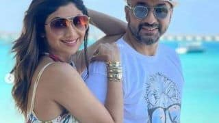 Shilpa Shetty पति Raj Kundra के साथ Maldives में मना रही हैं Holiday, समंदर किनारे डॉलफिन्स के साथ की मस्ती देखें Pictures