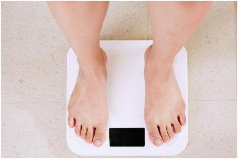 Weight According To Height: अपनी हाइट के हिसाब से जानें  कितना होना चाहिए आपका वजन
