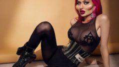 Ukrainian Model Viral Photos: उभरे गाल-बड़े होंठ, इस मॉडल की हर अदा पर लाखों फिदा
