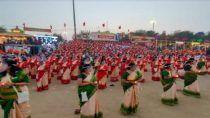 Shiv Tandava on Assi Ghat: वाराणसी में अद्भुत नजारा, 1008 महिलाओं ने किया शिव तांडव का जाप