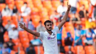 Most bowlers cannot bowl straight as as axar patel do on a turnig track dhiraj parsana 4461502