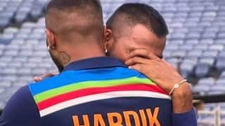 Hardik Pandya Hugging to Console an Emotional Krunal After Fifty on ODI Debut is a Moment That is Going Viral | WATCH VIDEO