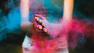 Holi 2021: Tips On How You Can Take Care of Your Immunity While Celebrating The Festival of Colours