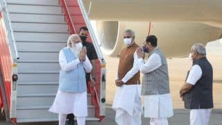 PM Modi in Kevadia LIVE: पीएम मोदी गुजरात पहुंचे, केवड़िया में थोड़ी देर में  सैन्य कमांडरों के सम्मेलन को करेंगे संबोधित