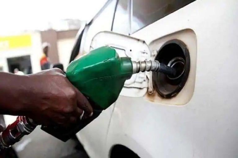 Petrol-diesel price today: आज भी नहीं बदले तेल के रेट, जानिए- आज क्या हैं 1 लीटर पेट्रोल के दाम