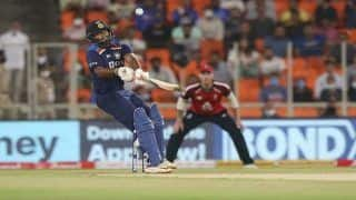 WATCH | Pant Audaciously Reverse-Sweeps Archer For Six